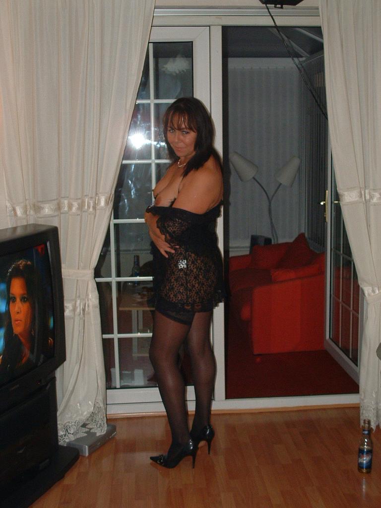 sexiga nattkläder mogen kvinna söker man